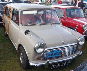 Morris mini traveller