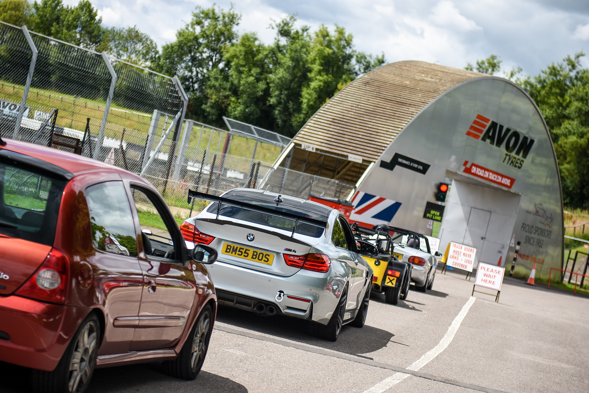 CASTLE COMBE CIRCUIT LAUNCHES AFFORDABLE WINTER CAR TRACK DAYS