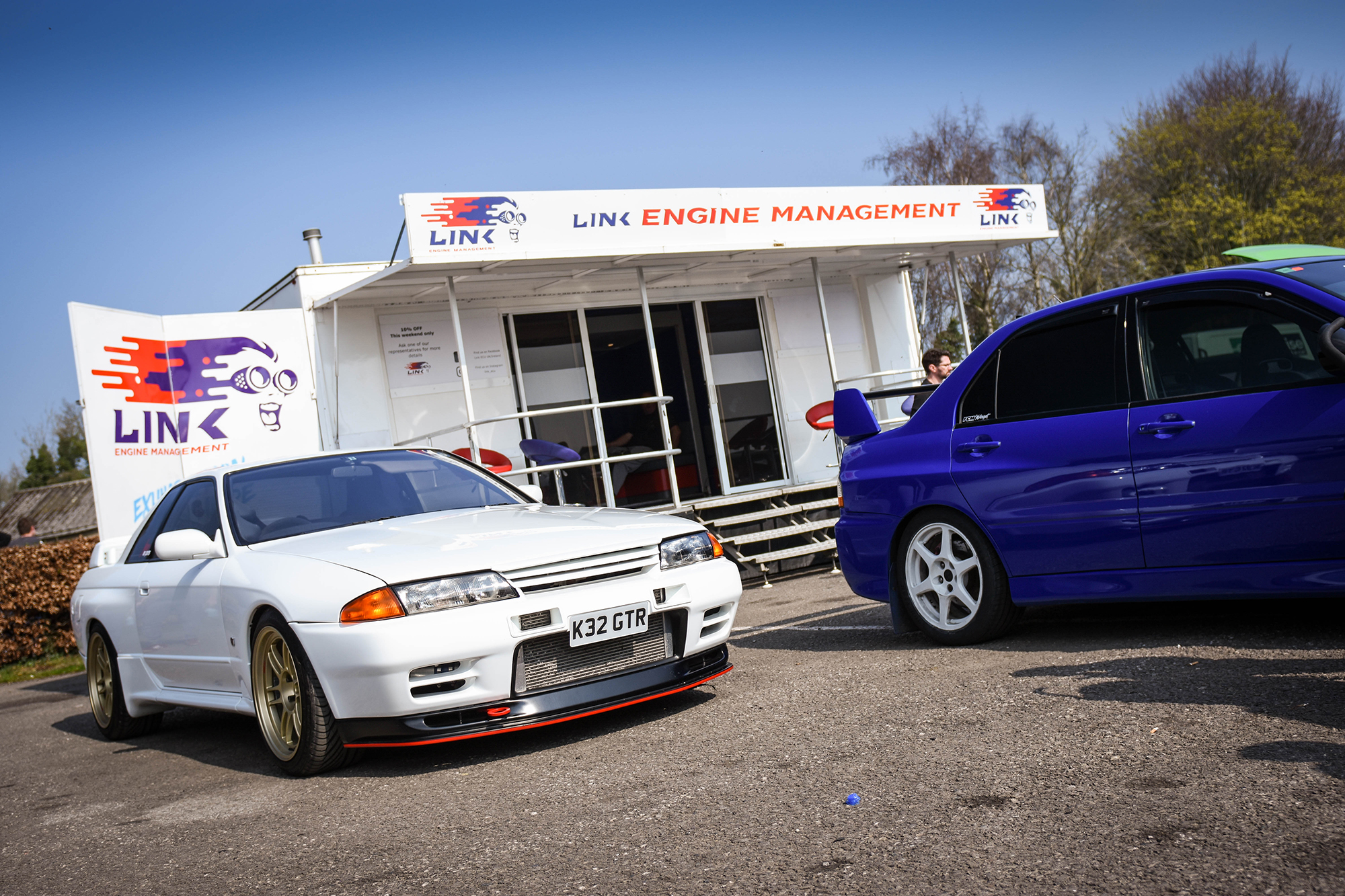 LINK ECU CONTINUES SUPPORT OF JDMCOMBE AND OTHER CASTLE COMBE CAR SHOWS